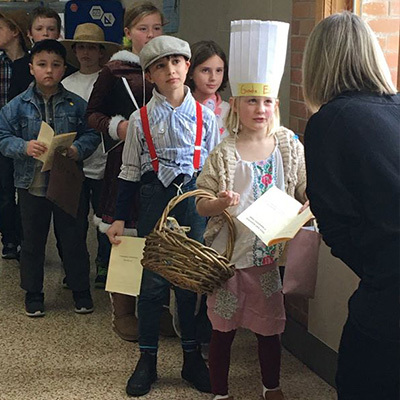 Deephaven Students Participate in Ellis Island Simulation